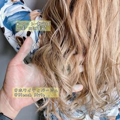 透明感カラー ロング バレイヤージュ ナチュラル ヘアスタイルや髪型の写真・画像