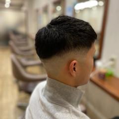 メンズショート フェードカット ストリート ショートヘア ヘアスタイルや髪型の写真・画像