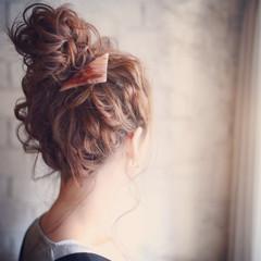 パーティ セミロング ヘアアレンジ フェミニン ヘアスタイルや髪型の写真・画像
