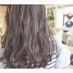 ハイライト ナチュラル ロング 巻き髪 ヘアスタイルや髪型の写真・画像