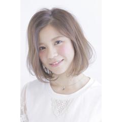 スモーキーアッシュ ピュア ボブ 外国人風 ヘアスタイルや髪型の写真・画像