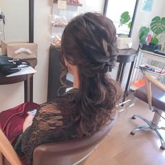 結婚式 ローポニーテール 上品 ヘアアレンジ ヘアスタイルや髪型の写真・画像