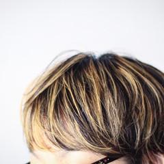ショート 大人ハイライト ナチュラル ハイライト ヘアスタイルや髪型の写真・画像