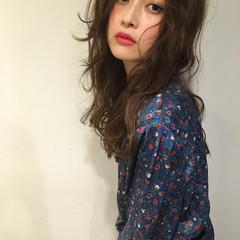 ロング ガーリー デジタルパーマ デート ヘアスタイルや髪型の写真・画像