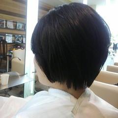 ショート アッシュ 前髪あり 秋 ヘアスタイルや髪型の写真・画像