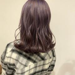 ラベンダーグレージュ 外ハネボブ ナチュラル 大人女子 ヘアスタイルや髪型の写真・画像