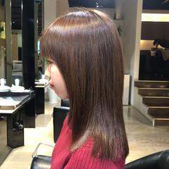 可愛い セミロング フェミニン レイヤーカット ヘアスタイルや髪型の写真・画像