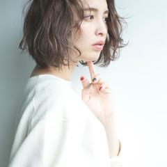 小顔 大人女子 外国人風カラー ニュアンス ヘアスタイルや髪型の写真・画像