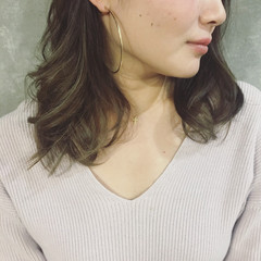 ハイライト アッシュ コンサバ 色気 ヘアスタイルや髪型の写真・画像