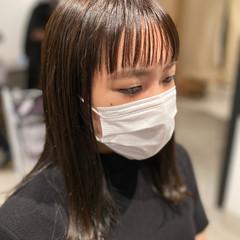 透明感カラー ダークトーン ショートバング セミロング ヘアスタイルや髪型の写真・画像