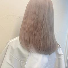 ブラウンベージュ セミロング ヌーディベージュ ミルクティーベージュ ヘアスタイルや髪型の写真・画像
