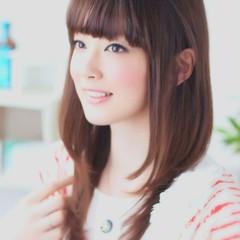 セミロング 縮毛矯正 フェミニン ローライト ヘアスタイルや髪型の写真・画像