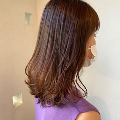 レイヤーロングヘア レイヤースタイル ナチュラル セミロング ヘアスタイルや髪型の写真・画像