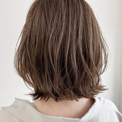 ナチュラル アンニュイほつれヘア 似合わせカット 透明感カラー ヘアスタイルや髪型の写真・画像