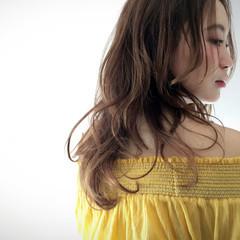 外国人風 ガーリー フェミニン パーマ ヘアスタイルや髪型の写真・画像