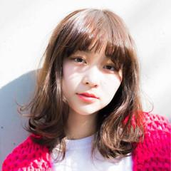 前髪あり 大人かわいい アンニュイ ミディアム ヘアスタイルや髪型の写真・画像