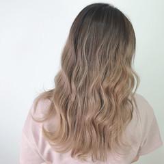 艶髪 ナチュラル 外国人風カラー デザインカラー ヘアスタイルや髪型の写真・画像
