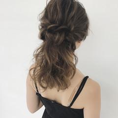 デート ナチュラル ヘアアレンジ セミロング ヘアスタイルや髪型の写真・画像