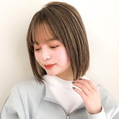 切りっぱなしボブ デジタルパーマ インナーカラー ミニボブ ヘアスタイルや髪型の写真・画像