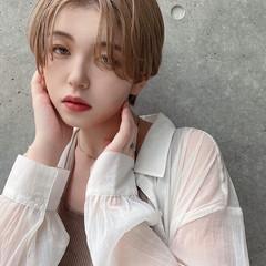 秋冬ショート ハンサムショート エレガント ハイトーン ヘアスタイルや髪型の写真・画像