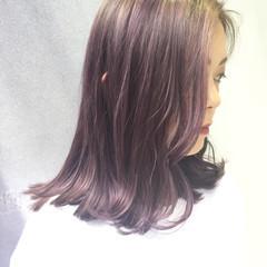 アッシュバイオレット ストリート グラデーションカラー ピンク ヘアスタイルや髪型の写真・画像