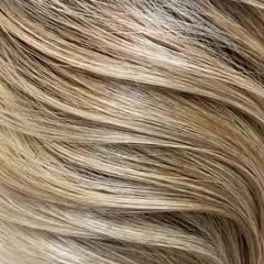 ガーリー ブロンド バレイヤージュ ブロンドカラー ヘアスタイルや髪型の写真・画像