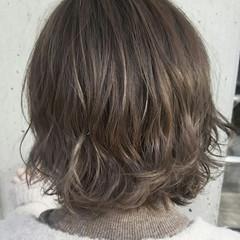 ゆるふわ ハイライト 外国人風 ニュアンス ヘアスタイルや髪型の写真・画像