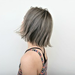 ストリート ロブ ハイライト ボブ ヘアスタイルや髪型の写真・画像