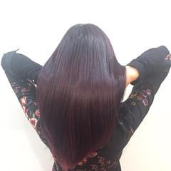 ナチュラル 艶髪 ストレート レッド ヘアスタイルや髪型の写真・画像