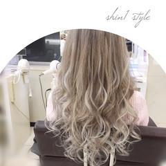 外国人風 ハイトーン グラデーションカラー ハイライト ヘアスタイルや髪型の写真・画像
