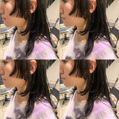 ショートヘア インナーカラー ウルフカット 切りっぱなしボブ ヘアスタイルや髪型の写真・画像