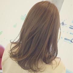 秋 簡単 セミロング グレージュ ヘアスタイルや髪型の写真・画像