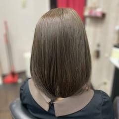 イルミナカラー ボブ ナチュラル アッシュグレージュ ヘアスタイルや髪型の写真・画像