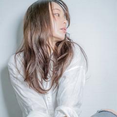 エレガント デジタルパーマ パーマ ロング ヘアスタイルや髪型の写真・画像