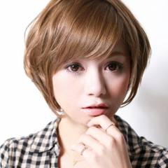 大人かわいい フェミニン ナチュラル ショート ヘアスタイルや髪型の写真・画像
