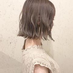 オフィス ボブ フェミニン ヘアアレンジ ヘアスタイルや髪型の写真・画像