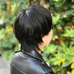 ウルフカット モード ショートボブ 黒髪 ヘアスタイルや髪型の写真・画像