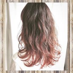 ピンク 秋 セミロング グラデーションカラー ヘアスタイルや髪型の写真・画像
