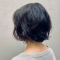 無造作パーマ 大人女子 パーマ 外ハネボブ ヘアスタイルや髪型の写真・画像