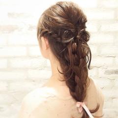 ハーフアップ ショート セミロング ヘアアレンジ ヘアスタイルや髪型の写真・画像