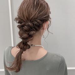 セミロング ローポニー 結婚式ヘアアレンジ 二次会ヘア ヘアスタイルや髪型の写真・画像