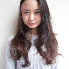 大人かわいい 似合わせ レイヤーカット グラデーションカラー ヘアスタイルや髪型の写真・画像