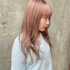 ミルクティーベージュ ロング ミルクティー ダブルカラー ヘアスタイルや髪型の写真・画像