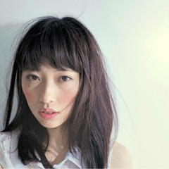 セミロング ニュアンス 小顔 パーマ ヘアスタイルや髪型の写真・画像
