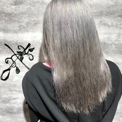 ホワイト ブリーチ アッシュ モード ヘアスタイルや髪型の写真・画像