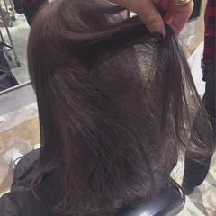 グレージュ 透明感 大人かわいい ハイライト ヘアスタイルや髪型の写真・画像
