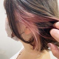 ミニボブ フェミニン ショートボブ インナーカラー ヘアスタイルや髪型の写真・画像
