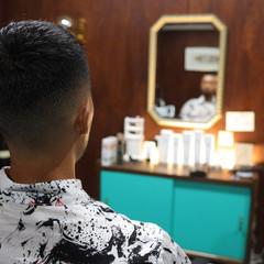 スキンフェード フェードカット ストリート メンズヘア ヘアスタイルや髪型の写真・画像