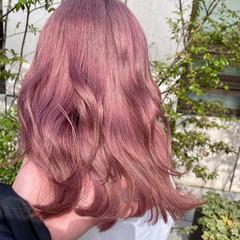 ナチュラル うる艶カラー ハイトーンカラー 艶髪 ヘアスタイルや髪型の写真・画像