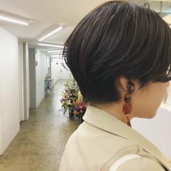 ショート アンニュイ ショートボブ マッシュ ヘアスタイルや髪型の写真・画像